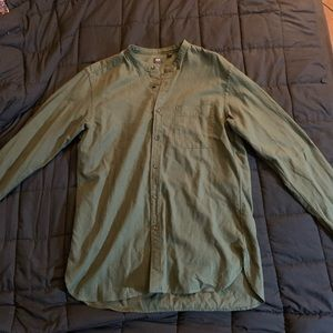 Uniqlo Collar-less Button Up Shirt